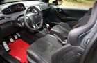 Peugeot 208 GTi 30th Vordersitze