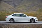 BMW 7er 2015 in weiß Seitenpartie