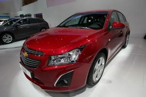 Chevrolet Cruze rot