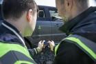 Range Rover fährt Schrittempo per Smartphone
