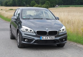 BMW 216d Active Tourer, Front