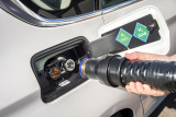 BMW 5er GT, Wasserstoff tanken