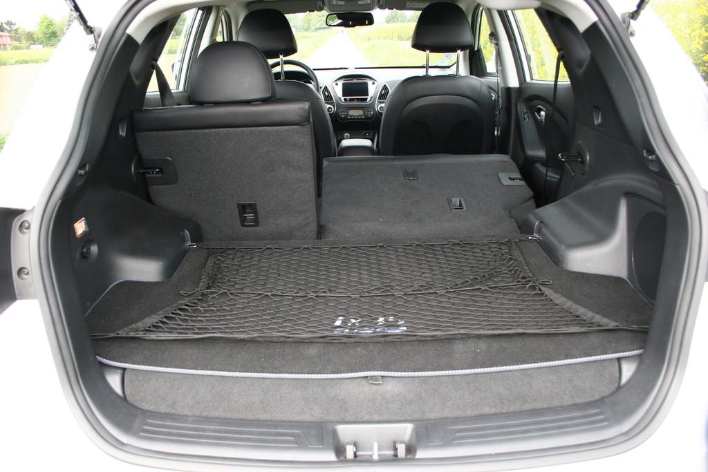 galerie hyundai ix35 fuel cell kofferraum bilder und fotos. Black Bedroom Furniture Sets. Home Design Ideas