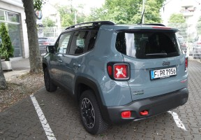 Jeep Renegade Trailgate, Heckansicht