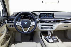 BMW 750Li xDrive, Cockpit