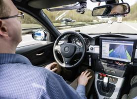 Bosch testet automatisiertes Fahren auf der A81.