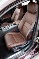 Jaguar XF, Fahrersitz