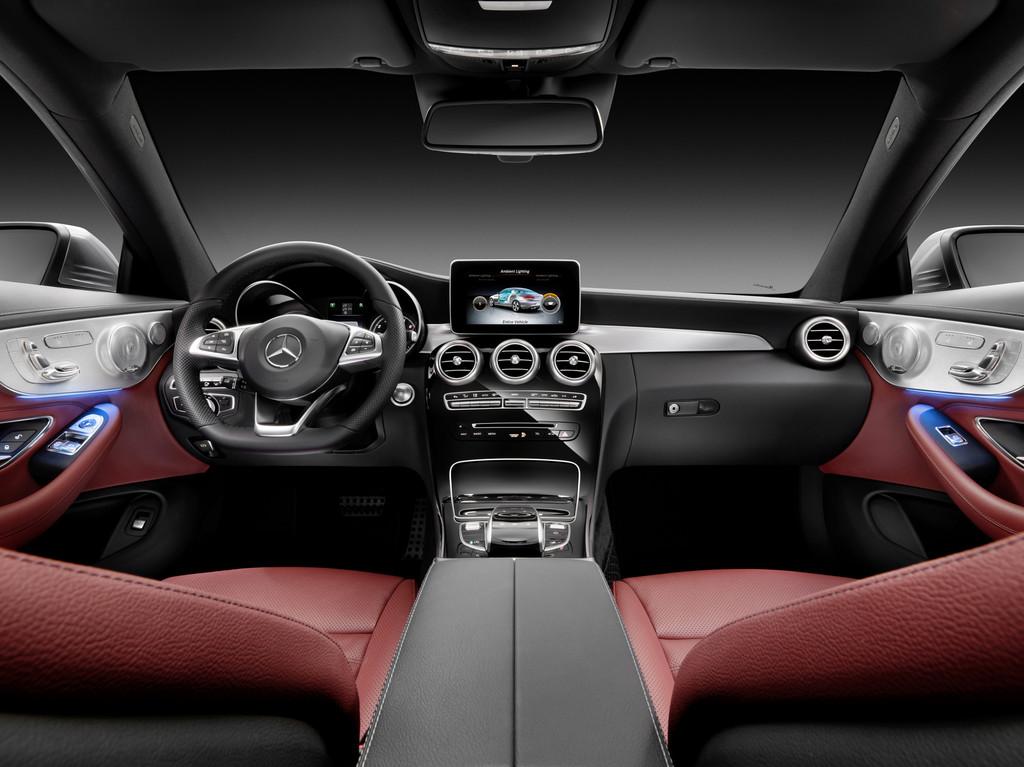 Armaturenbrett mercedes  Galerie: Mercedes-Benz C-Klasse Coupé, Armaturenbrett | Bilder und ...