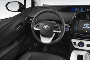 Toyota Prius 4. Generation, Cockpit