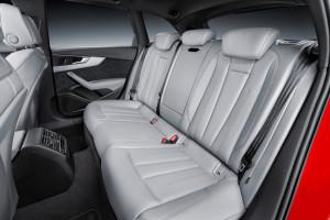 Audi A4 Avant B9 (2016), Fond