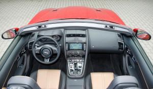 Jaguar F-Type R Cabrio AWD, Innenraum