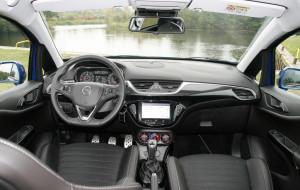 Innenraum Opel Corsa OPC, Armaturenbrett