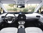 Toyota Prius vierte Generation, Armaturenbrett